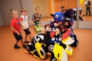 Трансформеры, роботы, на детский праздник